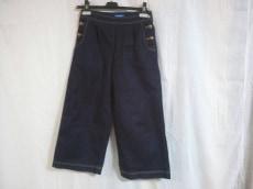 BLUE LABEL CRESTBRIDGE(ブルーレーベルクレストブリッジ)のジーンズ