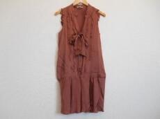 petite robe noire(プティローブノアー)のワンピース