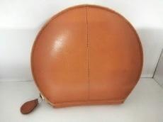 ISSEYMIYAKE(イッセイミヤケ)の2つ折り財布