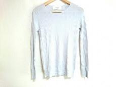 LI HUA(リーファー)のセーター