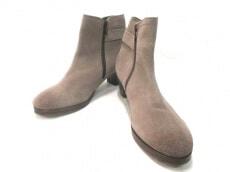 Reene(リーネ)のブーツ
