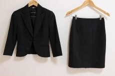 BUONA GIORNATA(ボナジョルナータ)のスカートスーツ