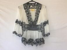 CATHERINE MALANDRINO(キャサリンマランドリーノ)のTシャツ
