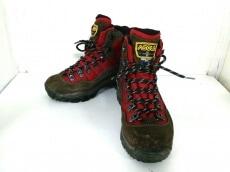 ASOLO(アゾロ)のブーツ