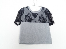 N゜21(ヌメロ ヴェントゥーノ)のTシャツ