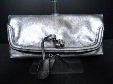 ALEXANDER McQUEEN(アレキサンダーマックイーン)のクラッチバッグ