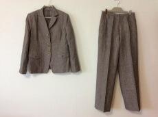 ROCHAS(ロシャス)のレディースパンツスーツ