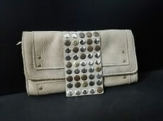 TRES(トレ)の長財布