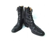 VALENTINO(バレンチノ)のブーツ