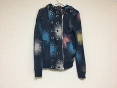 MARC BY MARC JACOBS(マークバイマークジェイコブス)のパーカー