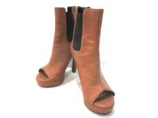 SLY(スライ)のブーツ