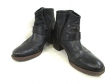 ing(イング)のブーツ