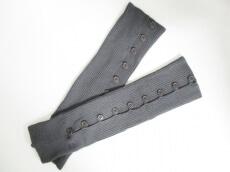 LIMI feu(リミフゥ)の手袋