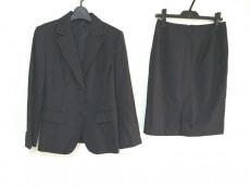 LA RIVA BIANCA(ラリバビアンカ)のスカートスーツ