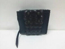 Rucca di Luce(ルッカディルーチェ)の2つ折り財布