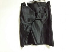 HAUTE(オート)のスカート
