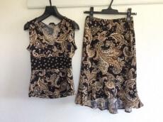 BCBGMAXAZRIA(ビーシービージーマックスアズリア)のスカートセットアップ