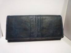moustache(ムスタッシュ)の長財布