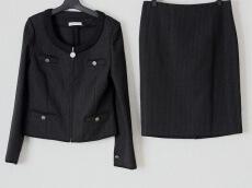 ROBERTA SCARPA(ロベルタ スカルパ)のスカートスーツ