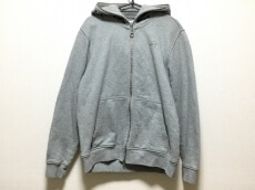 TOMMY(トミー)のパーカー