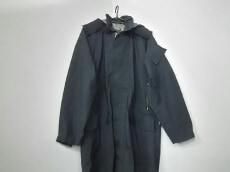 ACRONYM(アクロニウム)のコート