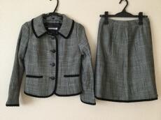 GALLERYVISCONTI(ギャラリービスコンティ)のスカートスーツ