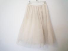 I am I in fact...(アイアムアイインファクト)のスカート