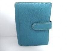 PRET-A PORTER(プレタポルテ)の2つ折り財布