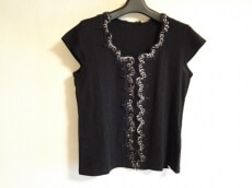 BASILE(バジーレ)のTシャツ