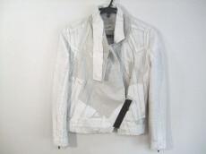 Tramando(トラマンド)のジャケット