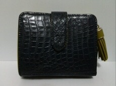 Pelley Lusso(ペレリールッソ)の2つ折り財布