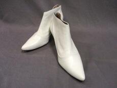 ELIN(エリン)のブーツ
