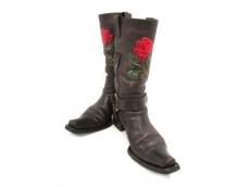 LE SILLA(レ・シーラ)のブーツ