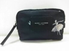 MARC JACOBS(マークジェイコブス)のポーチ