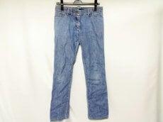 ALESSANDRO DELL'ACQUA(アレッサンドロデラクア)のジーンズ
