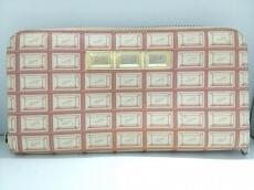 Q-pot.(キューポット)の長財布