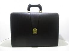 LE TANNEUR(ルタヌア)のビジネスバッグ