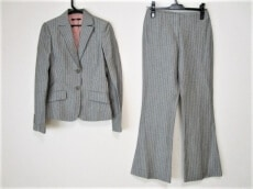 BETSEY JOHNSON(ベッツィージョンソン)のレディースパンツスーツ