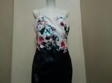 LIPSY(リプシー)のドレス