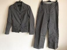 CIVIDINI(チヴィディーニ)のレディースパンツスーツ