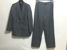 Brioni(ブリオーニ)のレディースパンツスーツ