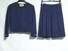 Maglie par ef-de(マーリエ)のスカートスーツ