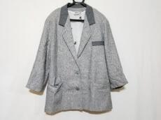 Black&White(ブラック&ホワイト)のコート