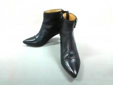 TOGA PULLA(トーガプルラ)のブーツ