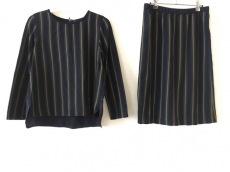 Loro Piana(ロロピアーナ)のスカートセットアップ