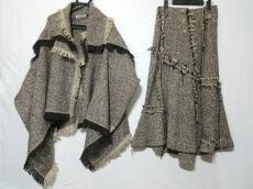 Plantation(プランテーション)のスカートスーツ