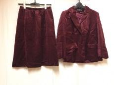 halston(ホルストン)のスカートスーツ