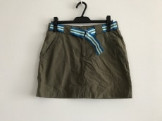 FRED PERRY(フレッドペリー)のスカート