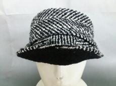 Jennifer Ouellette(ジェニファーオーレット)の帽子