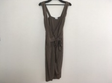 PAOLA FRANI(パオラ フラーニ)のドレス